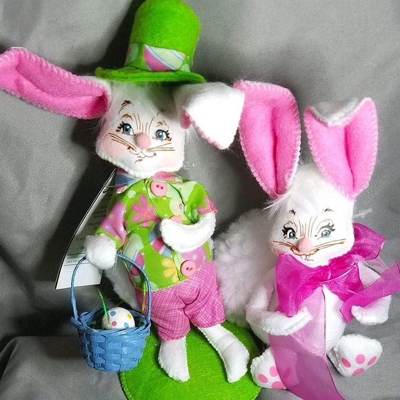 2 Annalee Easter Bunnies: Boy and Girl | NWT
